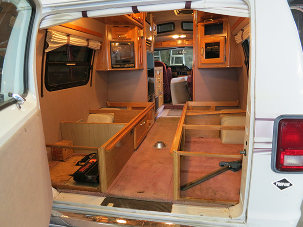 Interior design for gmc motorhomes joy studio design for Interior motorhome designs